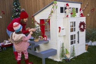 12 Playhouse Decor Ideas