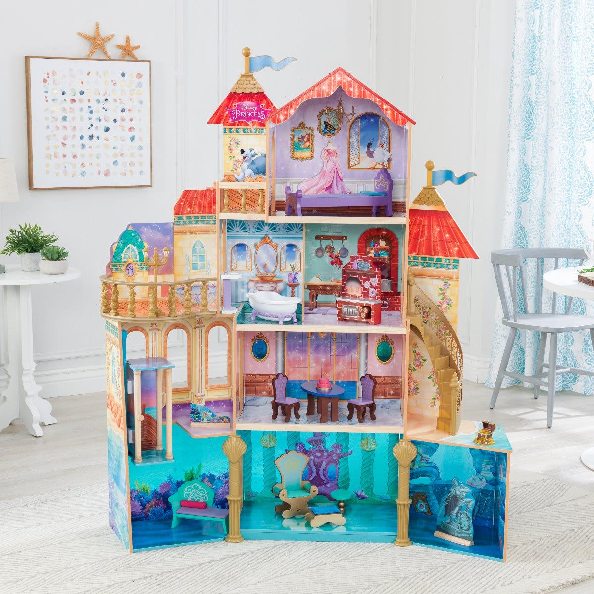 4 levels and 11 areas of play for dolls up to 12 inches
