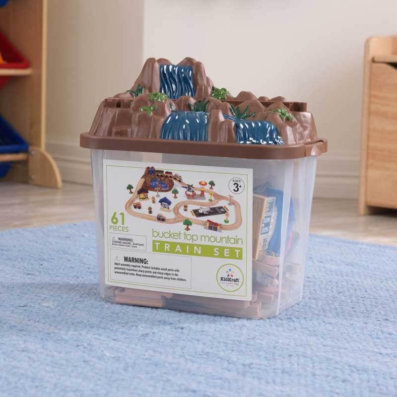 Convenient storage bucket