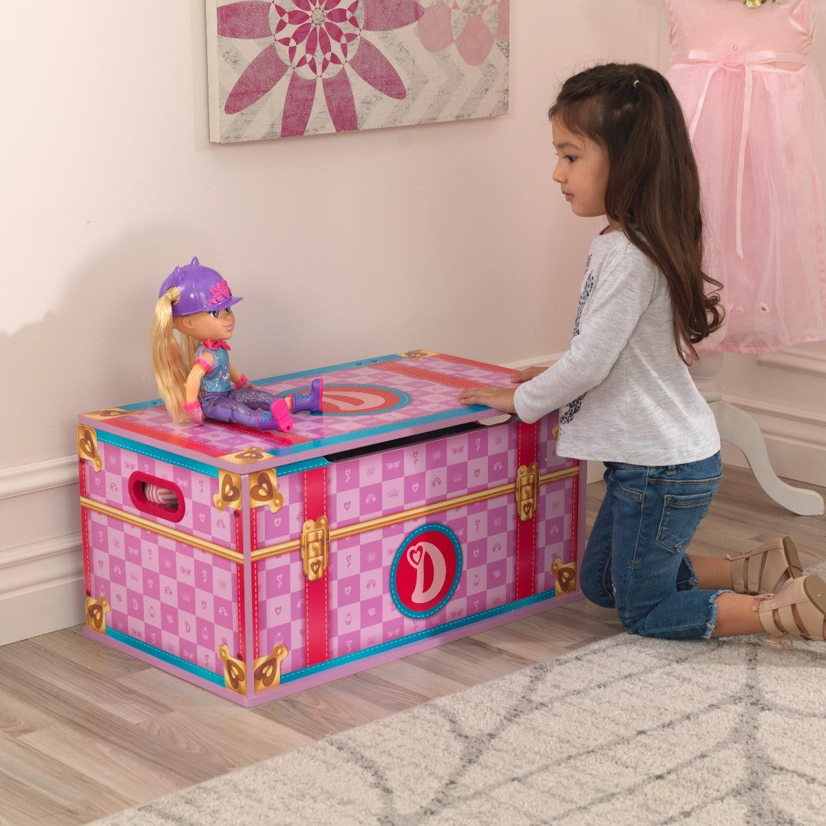 Keep all supplies needed for every episode in a toy box that looks like Diana's