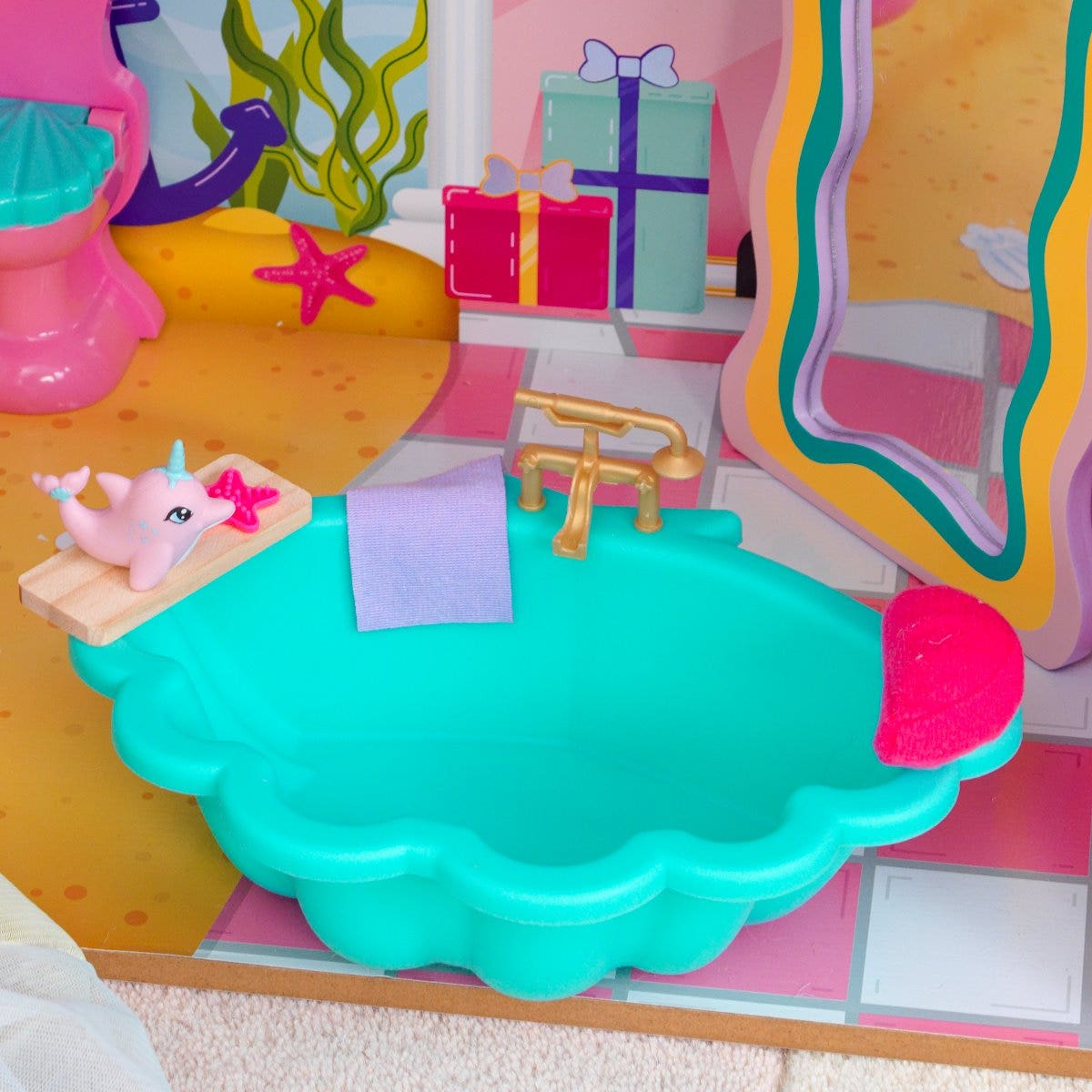 Shell-tastic Design: Graceful wavy, sea-shaped pieces with magical colors brighten up any doll play.