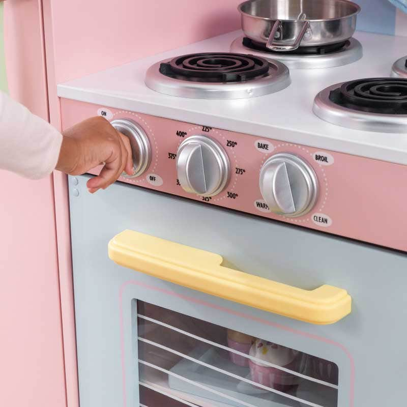 Oven and sink knobs click and turn