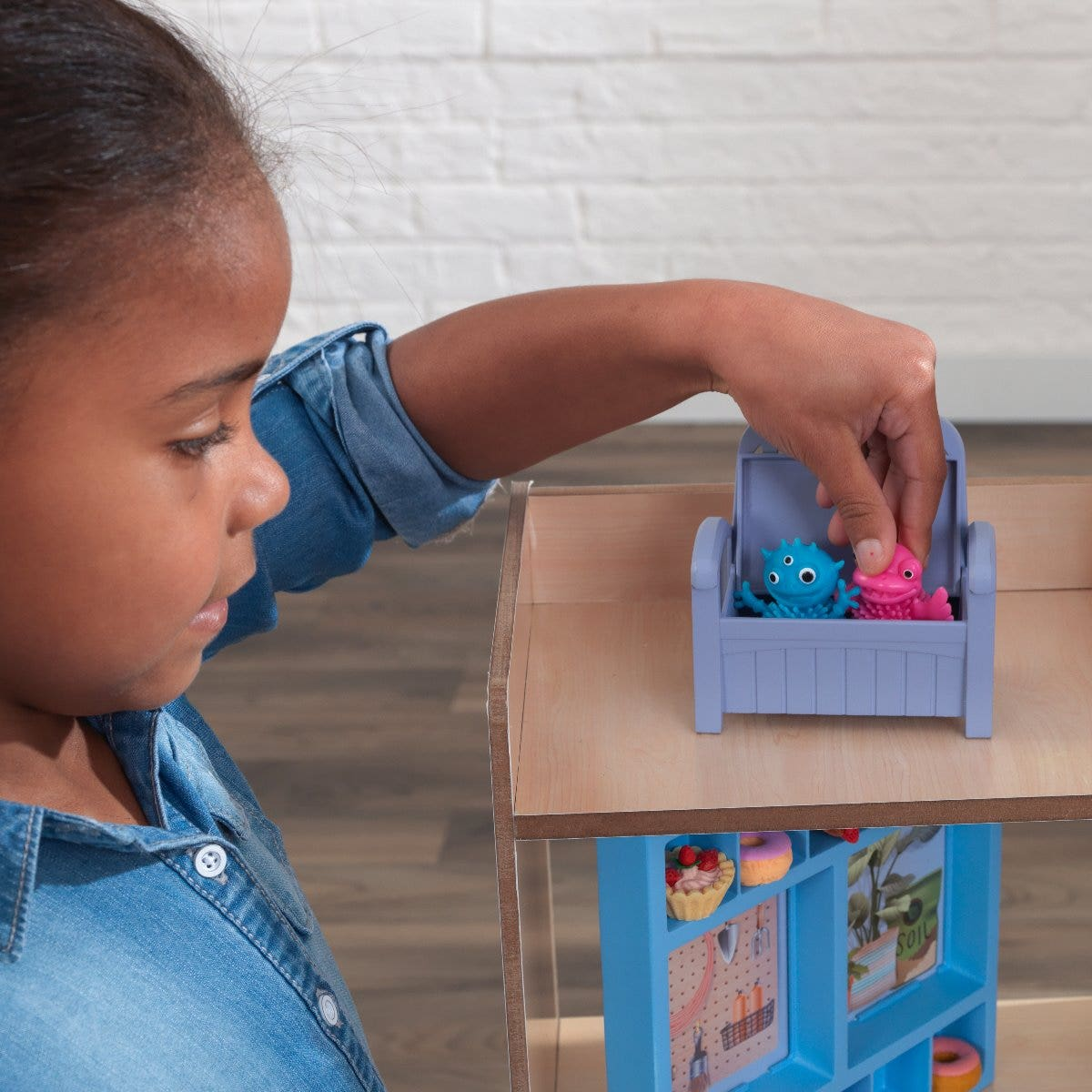 As a display spot for collectibles, or for personalizing the home, the built-in smart shelving units give kids more hands-on activity.