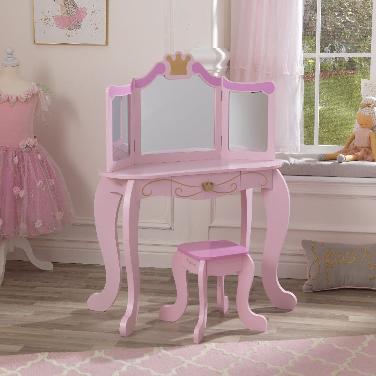 Companion piece to KidKraft's Princess furniture collection