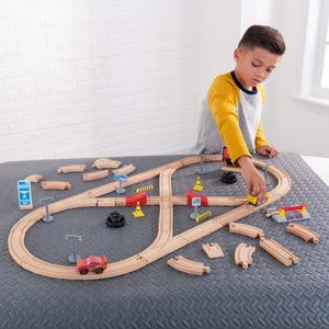 Disney® Pixar Cars 3 Build Your Own Track Pack
