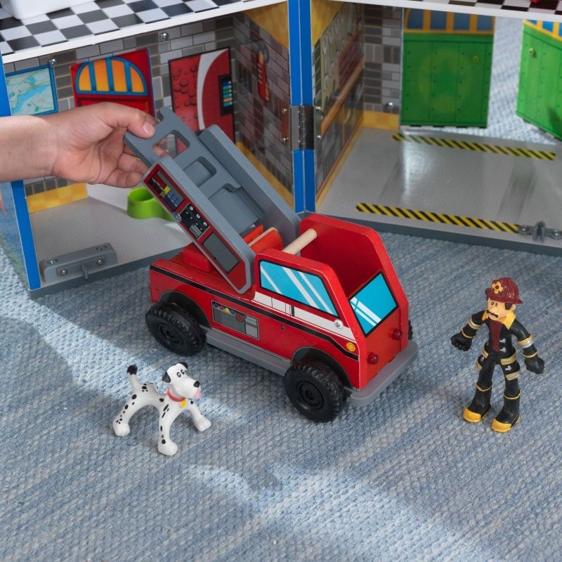 Bendable firefighters and dogs